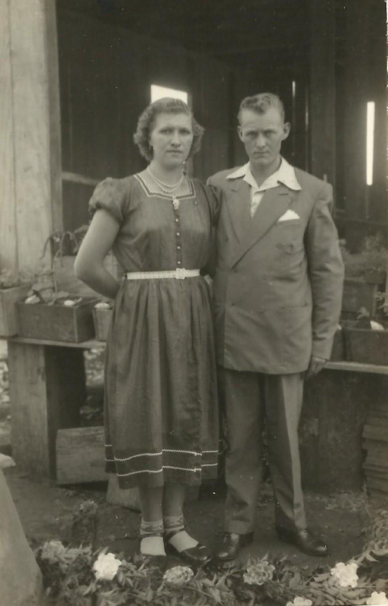 Casal pioneiro Ruth e Werno Zastrow, ele cunhado do casal pioneiro Ivo e Hilda Zastrow Koch.