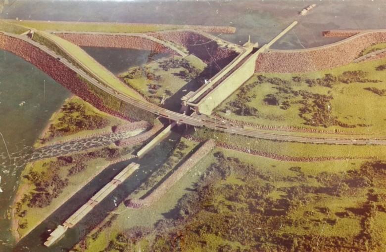 Vista da maquete   da Usina Hidrelétrica da  Ilha Grande.  Imagem: Acervo Elio Rusch