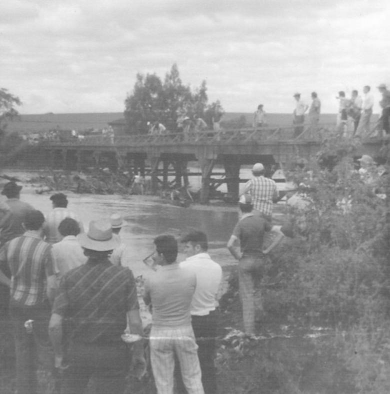Ponte sobre o rio São Francisco, Entre Rios, Marechal Rondon. 1979