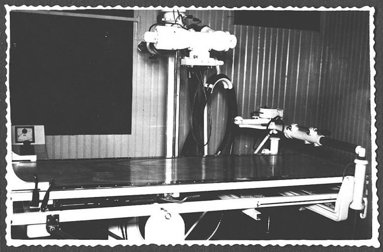 Máquina Raio X 25A x 100KV, de propriedade do Hospital e Maternidade Filadélfia, em 1961.