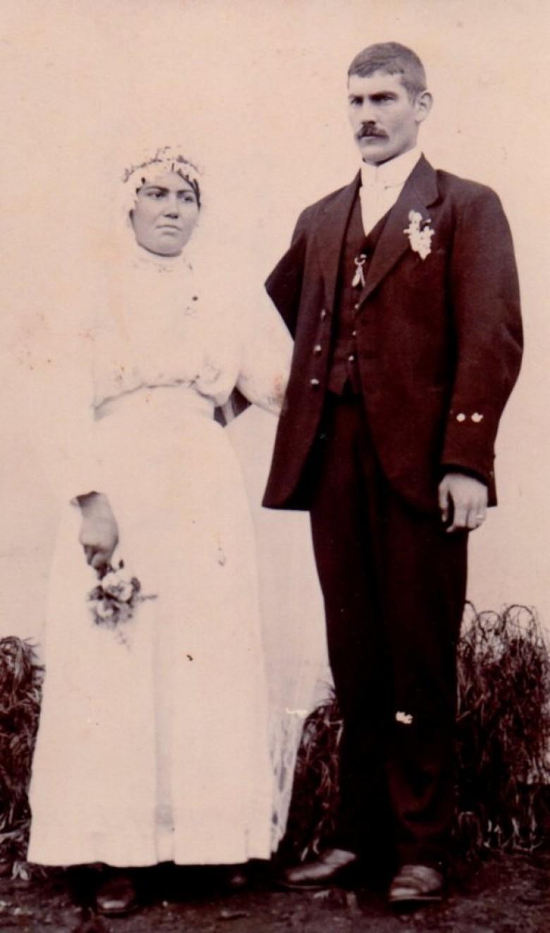 Catarina Michaud e Leopoldo Witeck (pioneiros rondonenses) fotografados no dia de seu casamento, em Maratá, RS.