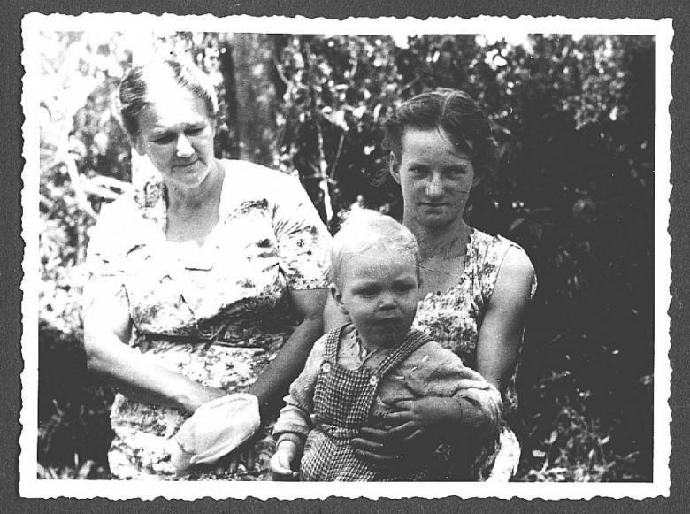 Estela Seyboth, mãe do D. Seyboth, em  1960.