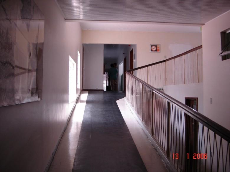Rampa de subida para os apartamentos. Hospital Rondon. 2006