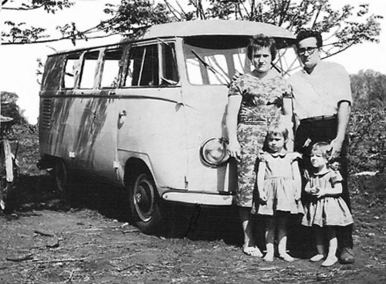 Transporte de Kombi, Raimundo Reschke e família.