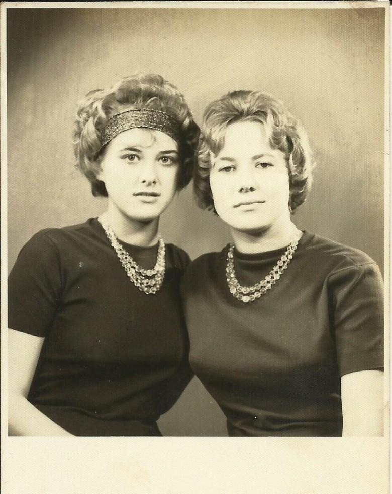 Jovens pioneiras  Nercy Koch e Gerda Klein.  Imagem: Acervo Clélia Regina Sturm