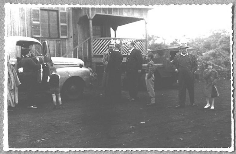 Inauguração do Hospital Filadélfia, com o casal Ingrun e Dr. Friedrich Rupprecht Seybot recepcionando os convidados, em 1954.