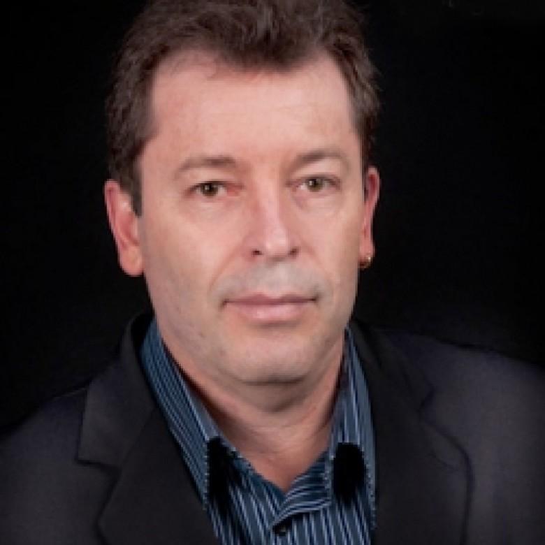 Jornalista cascavelense Jairo Eduardo ( Pitoco) Fabrício Lemos.