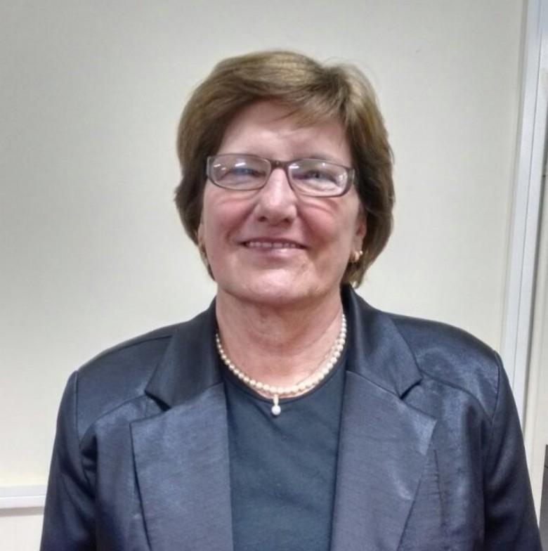 Professora doutora Clarice Nadir von Borstel