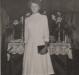 A confirmanda é Isolde Schilke confirmada em 10 de abril de 1960, com mais 54 jovens  - 22 moças e 34 rapazes -, na Igreja Evangélica Martin Luther, na cidade de Marechal Cândido Rondon, pelo pastor Joachim Pawelke.