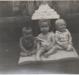 Crianças rondonenses em festa de aniversário.
