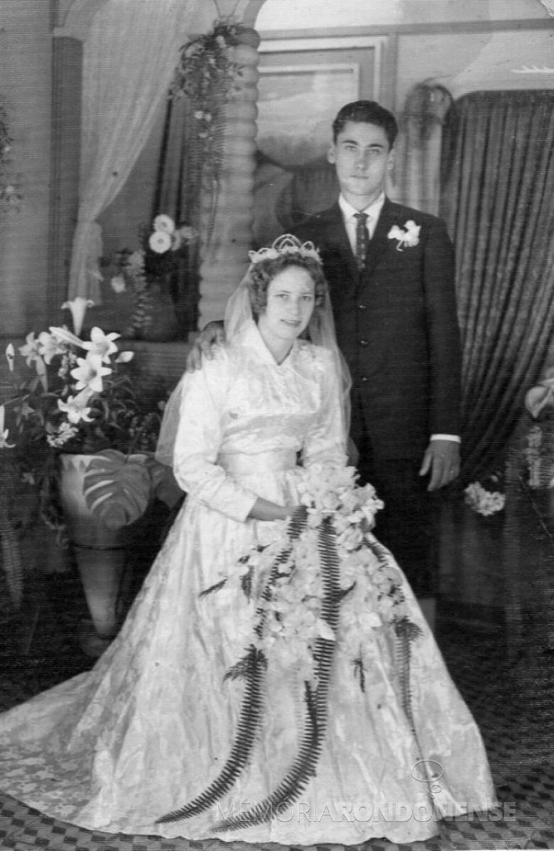 Noivos Nilo Weber  e Edith Laureth.  Imagem: Acervo pessoal - FOTO 3 -