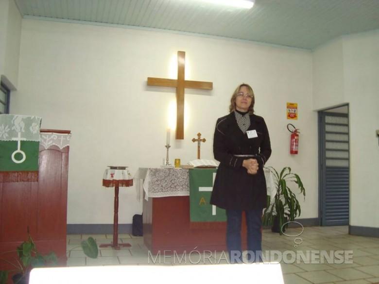 Pastora Sisi Blind palestrante no Dia do Sínodo da Igreja Evangélica Martin Luther, em 08 de junho de 2014.  Imagem: Acervo www.sinodoplanalto.blog.br - FOTO 3 -