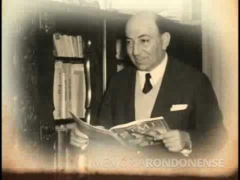Nagib Chede Abrahão, pioneiro da televisão no Paraná.  Imagem: Acervo www.memóriaparanaense.com.br. - FOTO 8 -