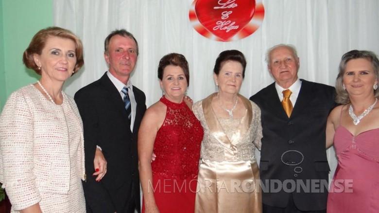 Pioneiro Léo Vogt com a esposa e filhos. Imagem: Acervo Sônia Vogt - FOTO 12 -