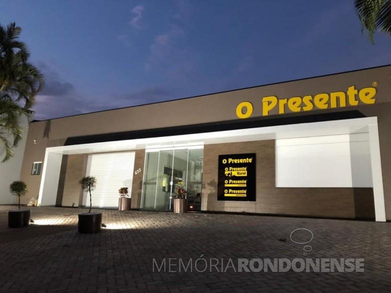 Fachada da nova sede da Editora O Presente, em Marechal Cândido Rondon. Imagem: Acervo O Presente  - FOTO 11 -
