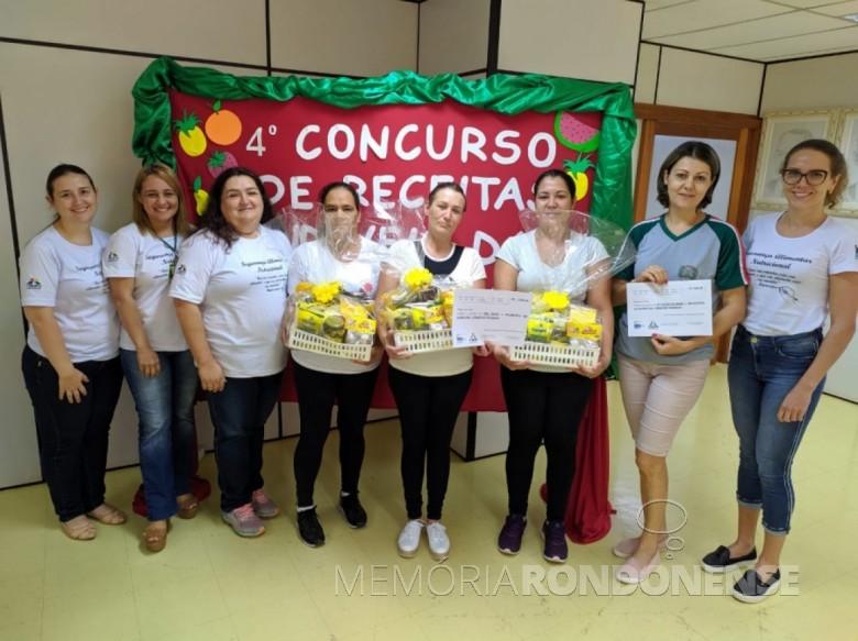 Cozinheiras rondonenses classificadas em 1º lugar no 4º Concurso de Receitas Saudáveis. Imagem: Acervo O Presente - FOTO 8 -