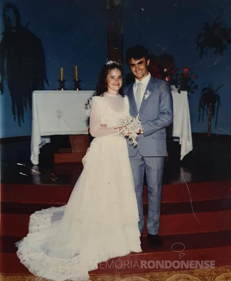Jovens Nair Riffel e Walter Altenhofen que se casaram em 03 de janeiro de 1986. Imagem: Acervo do casal - FOTO 4 -