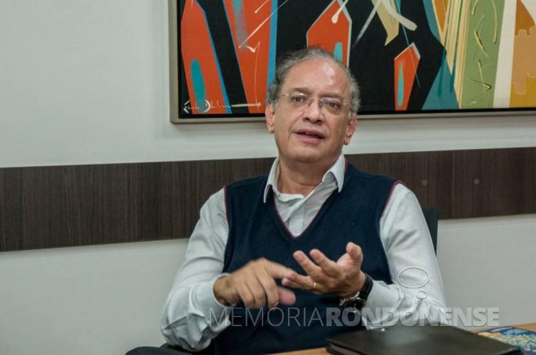 Industrial maringaense Carlos Walter Martins Pedro eleito presidente da FIEP, em agosto de 2019. Imagem: Acervo Folha de Londrina - Crédito: Marcos Zanutto - FOTO 10 -