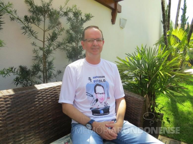 Narrador esportivo Anderson Picolo que deixou a Rádio Difusora do Paraná , em final de janeiro de 2020. Imagem: Acervo O Presente - Crédito: Joni Lang - FOTO 11 -