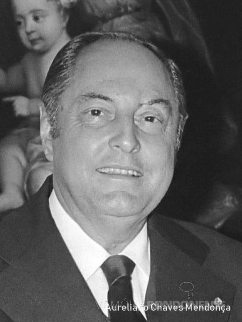 Aureliano Chaves, 12º ministro brasileiro de Minas e Energia. Imagem: Acervo  Minas e Energia - FOTO 3 -