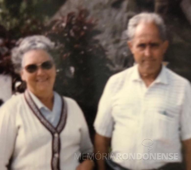 Casal Paulina e Alfredo Nied, ela falecida em fevereiro de 1998. Imagem: Acervo da família - FOTO 3 -