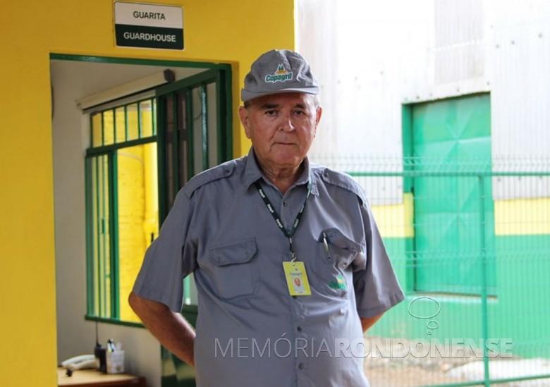 José Maia dos Santos que completou 45 anos como colaborador da Cooperativa Agroindustrial Copagril - FOTO 10 -