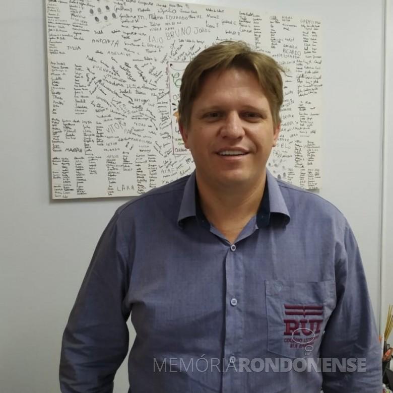 Reverendo Carlos Krache que deixou a direção do Colégio Luterano Rui Barbosa, em fevereiro de 2020. Imagem: Acervo AquiAgora. net - FOTO 12 -