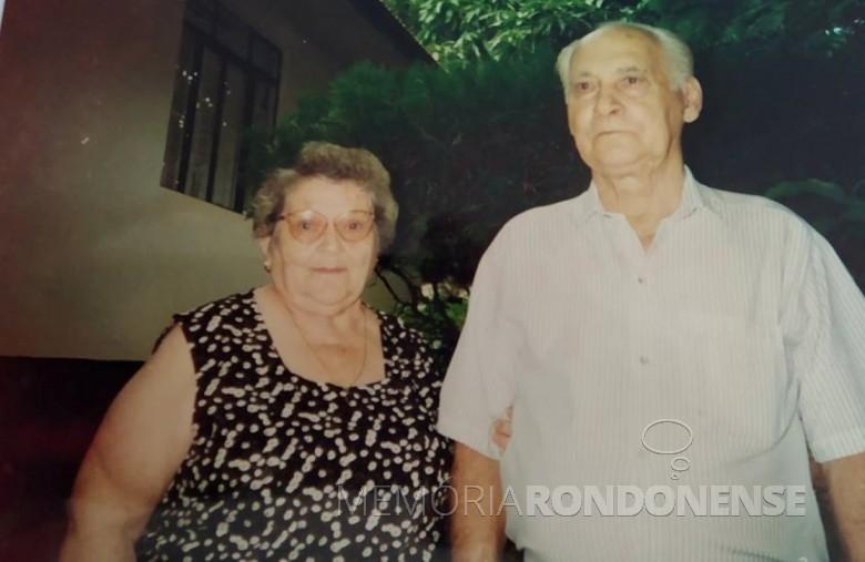 Pioneiro Alberto Meier com a esposa Elisa Hertha Rehfeld, ele falecido em março de 1997. Imagem: Acervo Sérgio Gilberto Meier - FOTO 1 -