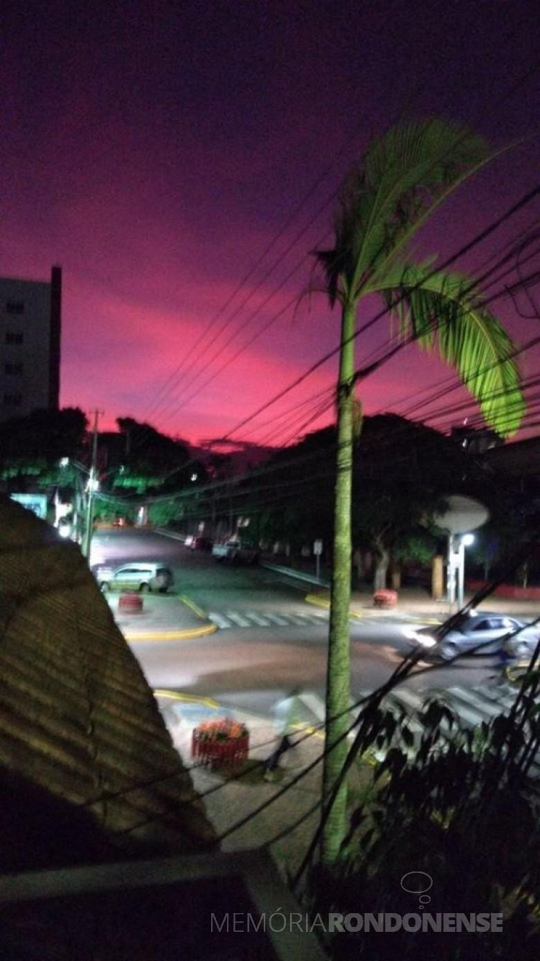 Entardecer na cidade de Marechal Cândido Rondon em 09 de junho de 2020. Imagem: Acervo e crédito Elizabeth Thessing - FOTO 7 -