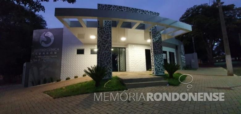 Gastroclínica Rondon com vistas para o hall de entrada. - projeto do arquiteto rondonense Arlen Güttges. Imagem: Acervo e crédito do arquiteto - FOTO 18 --