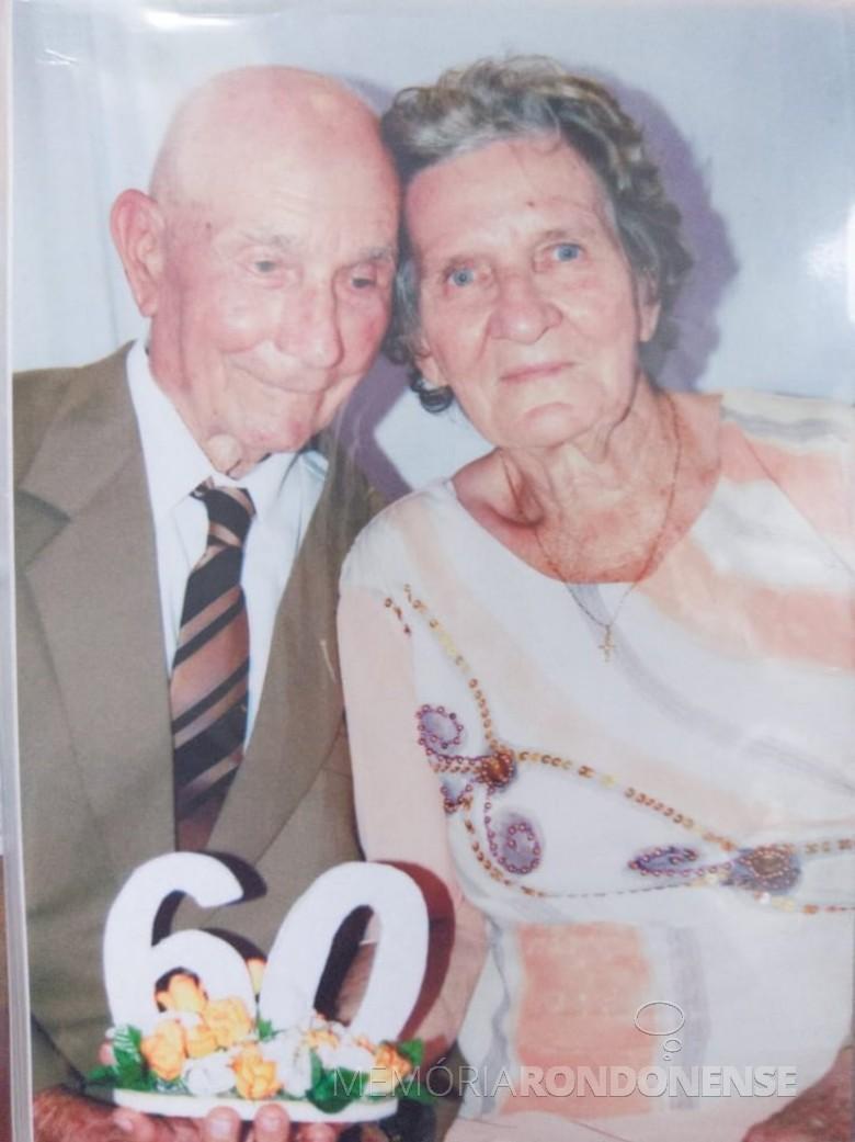 Casal jubilar Isabela e Estanislau Czycza na celebração de suas Bodas de Diamente, em fevereiro de 2008. Imagem: Acervo Edinho Dresch - FOTO 5 -