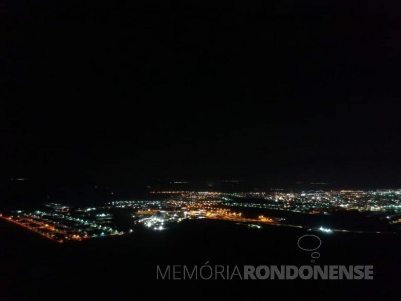 Vista noturna da cidade de Marechal Cândido Rondon. Imagem: Acervo Cristiane Priesnitz - FOTO 28 -
