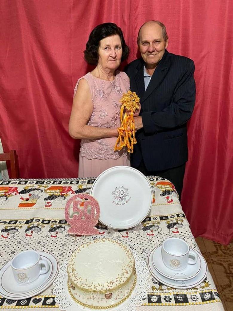 Casal rondonense Dulce e Levino Fenner que comemorou Bodas de Ouro, em julho de 2020. Imagem: Acervo Jheison Griep - FOTO 13 -