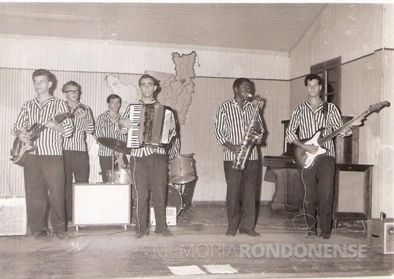 Formação inicial do grupo musical