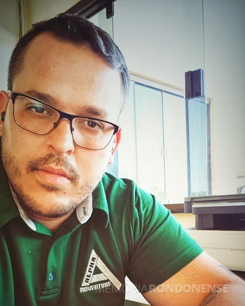 Empresário Bruno Cesar Domingos Pereira eleito presidente da Adetur, em setembro de 2020, para a gestão 2020/2022. Imagem: Acervo pessoal/Facebook - FOTO 8 -