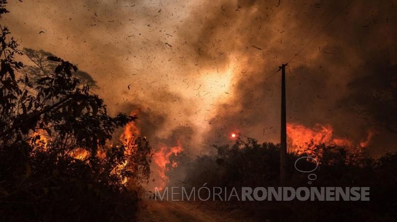 Queimadas incontroláveis no Pantanal, em 2020. Imagem: Acervo National Geographic -  Crédito: Gustavo Basso - FOTO 19 -