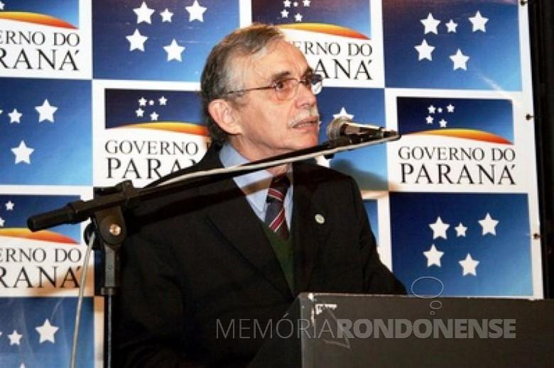 Toledano Sabino Campos, eleito deputado estadual, em novembro de 1982. Imagem: Acervo Deputado Federal José Schiavinatto - FOTO 13 -