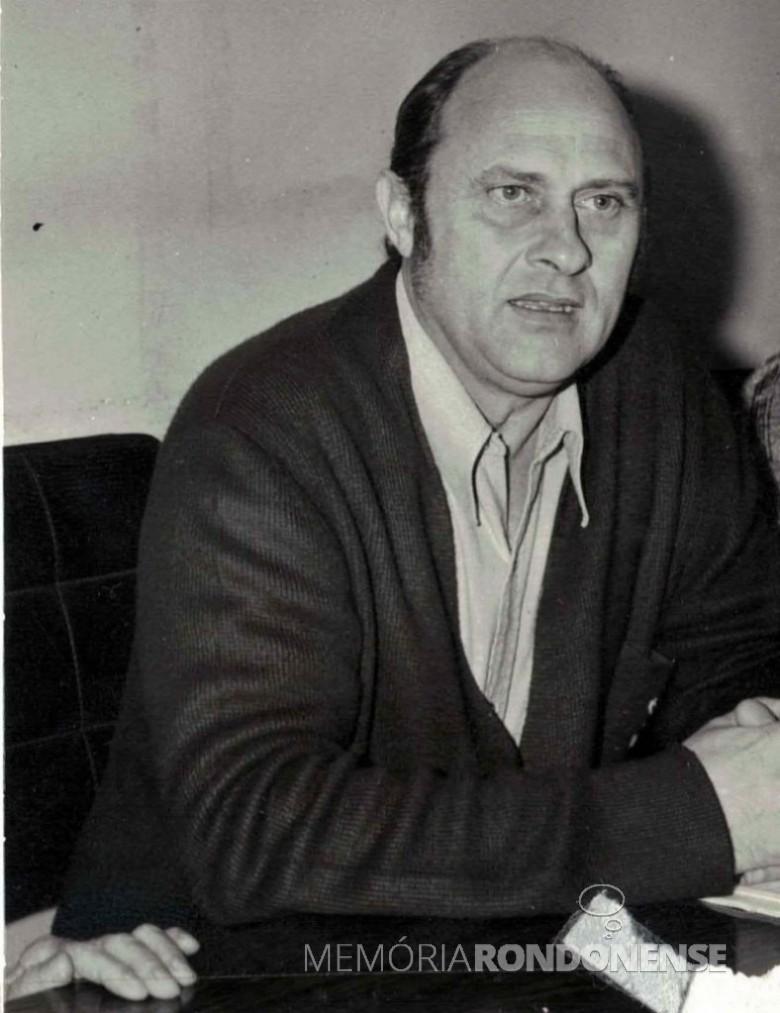 Advogado Wilson Carlos Kuhn eleito prefeito do município de Toledo, em novembro de 1972. Imagem: Acervo Museu Histórico Willy Barth - FOTO 6 -