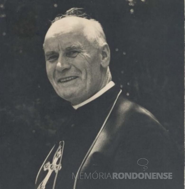 D. Manoel Könner, bispo que instalou a Paróquia Nossa Senhora da Glória, de Quatro Pontes, em novembro de 1955. Imagem: Acervo Memória Rondonense - FOTO 4 -