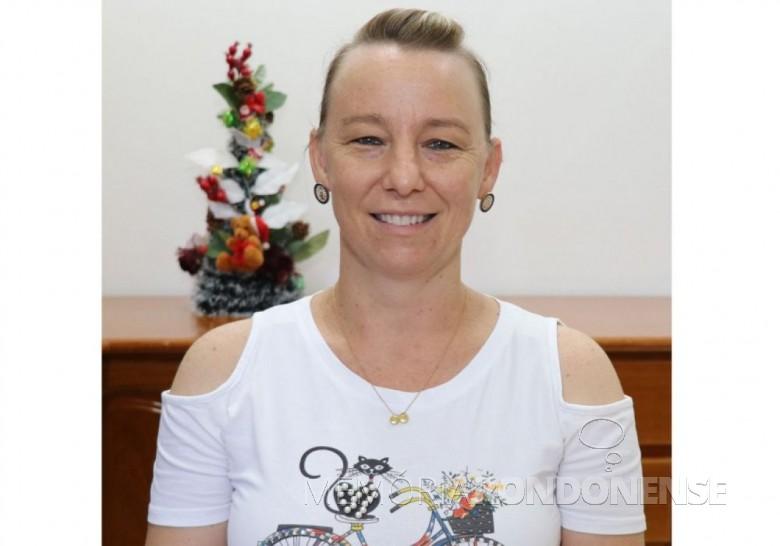 Candidata Simoni Stein Tornquist, a mais votada em Pato Bragado, em novembro de 2020. Imagem: Acervo O Presente - FOTO 35 -