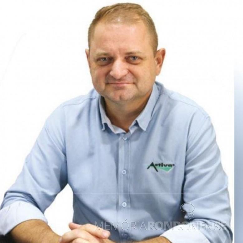 Roberto Afonso Thomé, presidente da APAE de Marechal Cândido Rondon, em 2020/2021. Imagem: Acervo O Presente - FOTO 10 -