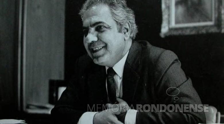 José Richa que tomou posse como 47º governador do Paraná, em 15 de março de 1983. Imagem: Acervo Memória Paranaense - FOTO 9 -