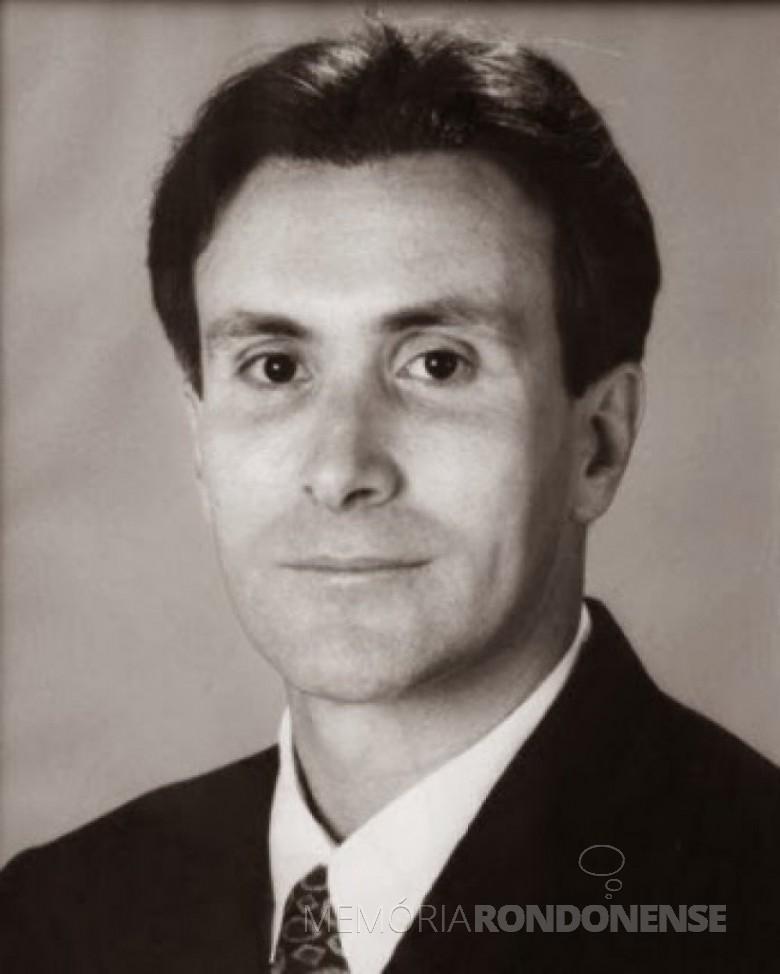 Empresário Ariston Limberger eleito prefeito de Marechal Cândido Rondon, em outubro de 1996. Imagem: Acervo Intervalo de Notícias - FOTO 14 -