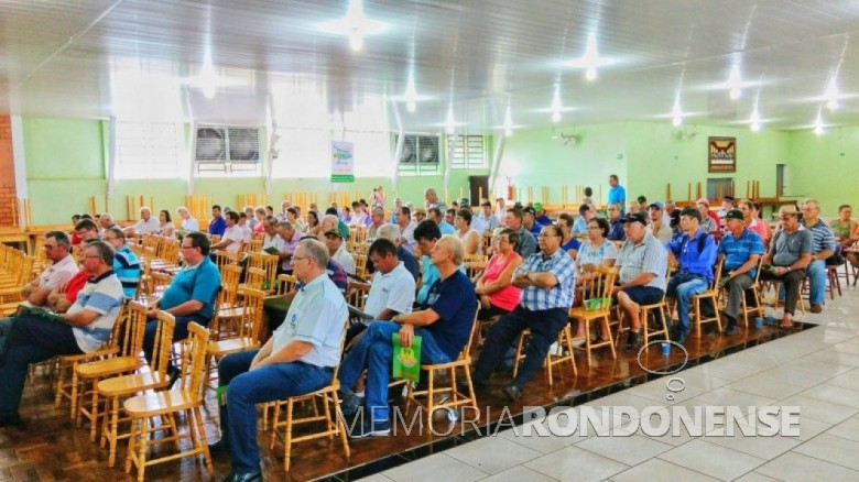 utro detalhe da Assembleia Geral Ordinária 2017 da Cercar. Imagem: Acervo Memória Rondonense - Crédito: Tioni de Oliveira - FOTO 8 -
