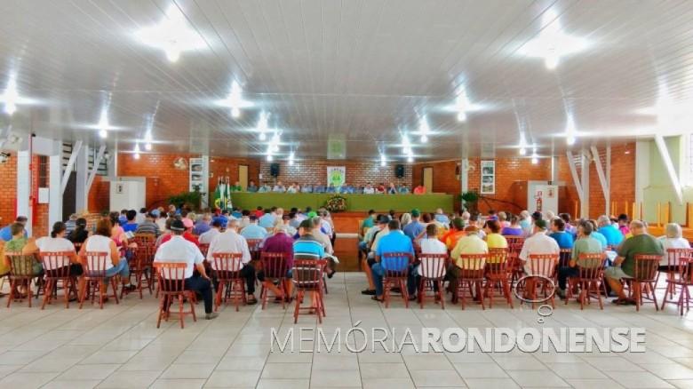 Vista da Assembleia Geral Ordinária da Cercar, realizada em 17 de fevereiro de 2017. Imagem: Acervo Memória Rondonense - Crédito: Tioni de Oliveira - FOTO 9 -