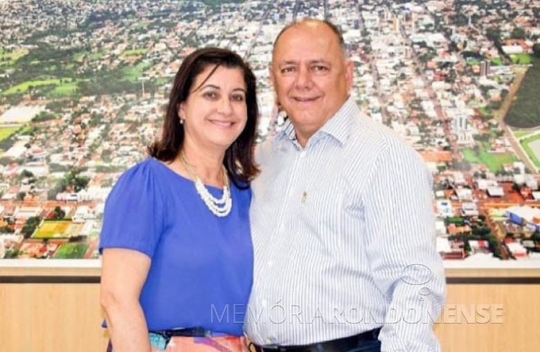Marlene Schiavinato com o esposo José Carlos, ele falecida em março de 2021. Imagem: Acervo O Presente - FOTO 14 -