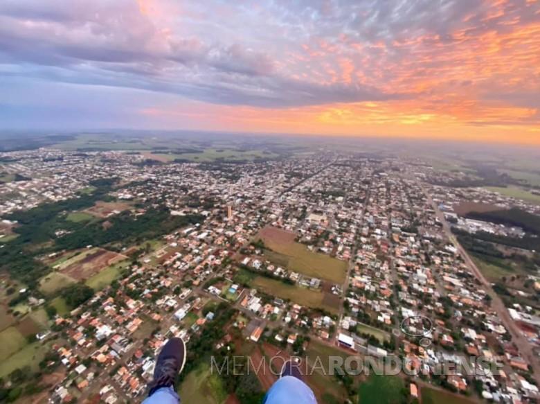 Amanhecer na cidade de Marechal Cândido Rondon, em 06 de junho de 2021. Imagem: Acervo e crédito Juliano Bortolon - FOTO 11 -
