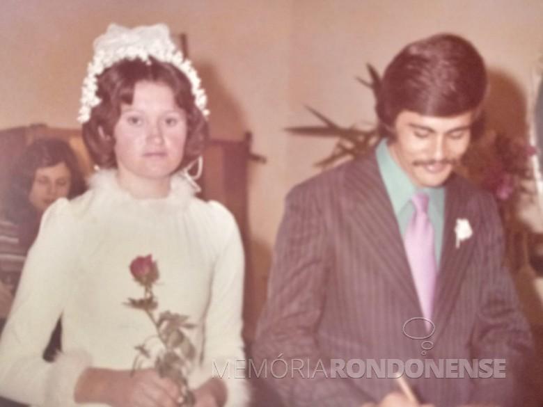Jovens rondonenses Teresinha Witeck e Egon Fischer que casaram em julho de 1978. Imagem: Acervo do casal - FOTO 3 -