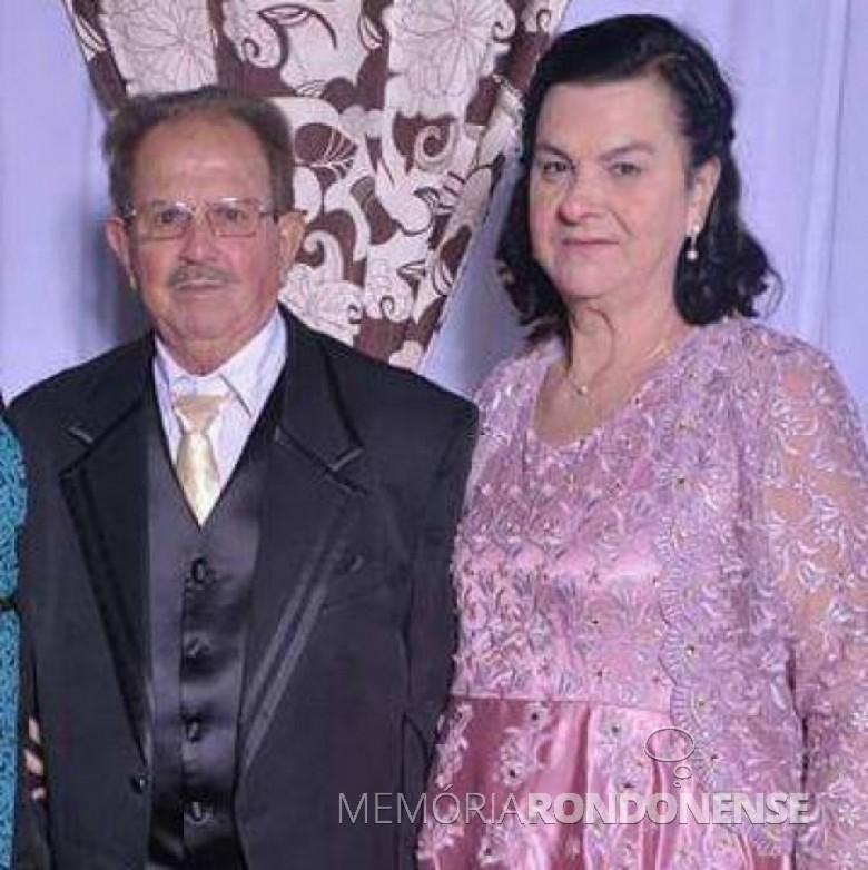 Casal Laurentinos e Luiza Conrat, ele falecido em julho de 2018. Imagem: Acervo Valdeci Conrat - FOTO 9 -