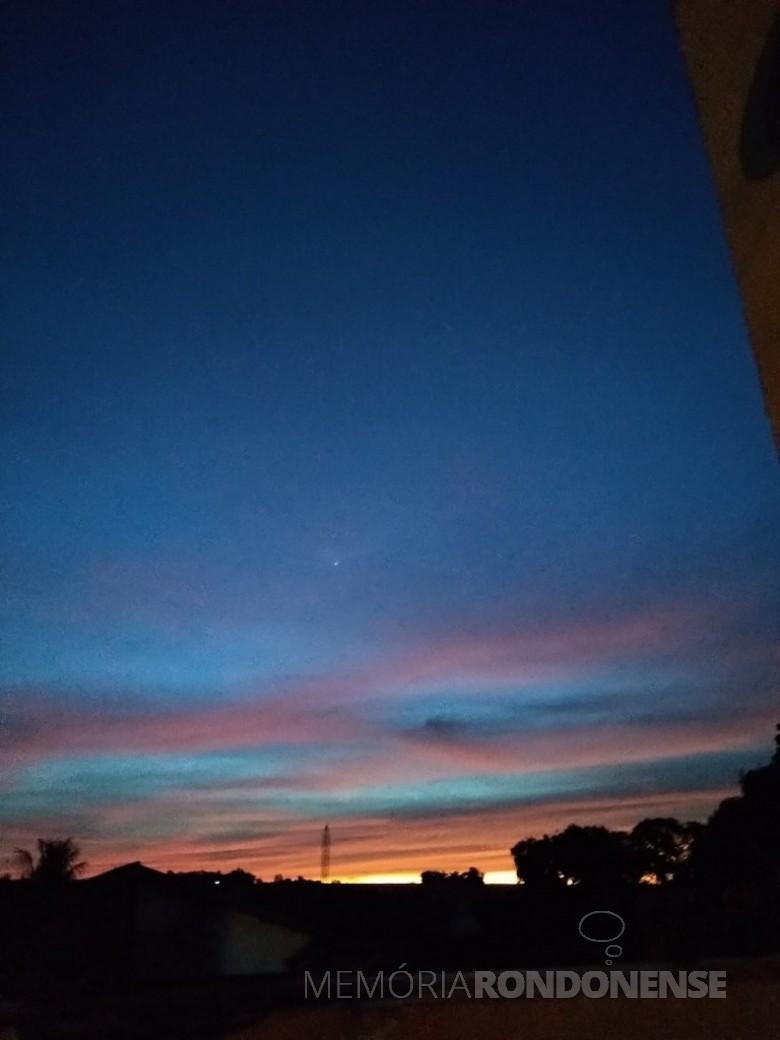 Por do sol na cidade de Marechal Cândido Rondon, em 19 de julho de 2021. Imagem: Acervo e crédito Ilda Bet - FOTO 13 -